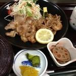 21475929 - 生姜焼き定食1000円