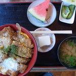 <民宿>しをみ食堂 - Wカツ丼 700円