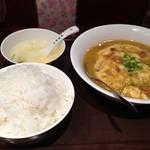 香港食市場 - 8番上海カニ肉と玉子炒め600円