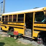 タビカフェトリッパーズ - アメリカン・スクールバスですね・・・「ダーティーハリー」思い浮かべます。