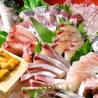 大将オススメ!鮮魚お刺身7種の「桶盛」1800円