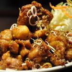 バーンソムデット - 鶏肉のレモングラス炒め¥1350