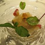 21493067 - 北海道産貝類のポシェ ジュレを添えて フヌイユ風味