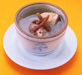 台湾料理故宮 - 人参湯、朝鮮人参スープ