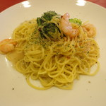 トラットリア イ・ルミナーレ - 海老とブロッコリーのアンチョビ風味