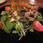 カフェ・ノリーノ - 個人的に大好きな「温かいきのこの豆腐サラダ」です。合うんですよね。