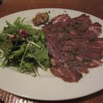 カフェ・ノリーノ - 初めて口にした「阿蘇赤牛ホホ肉の塩漬けハム仕立て」です。