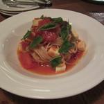 カフェ・ノリーノ - つかれた時は「モッツァレラとトマトの冷製パスタ」は、ヒンヤリ、あっさりしていてとても美味しいです。