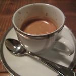 カフェ・ノリーノ - 食後に「エスプレッソ」は、久しぶりでした。この濃い一杯が、何とも言えません。
