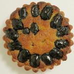 21498371 - 黒豆タルト(真上から、2013年8月)