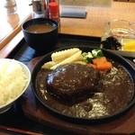 舟形 - 料理写真:舟形のハンバーグ定食(12.12)