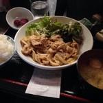 立呑み こじま - 豚のしょうが焼き定食 500円
