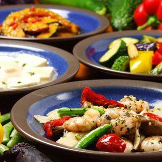 野菜などの自然のうまみを活かした、カラダとココロにやさしい中華料理をご提供しております。