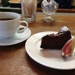 プリムローズ - コーヒー&デザートのケーキ☆