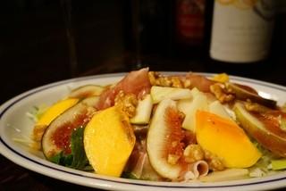 喃喃 - イチジクと柿の生ハムサラダ