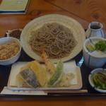 21509082 - 天ぷら定食大盛り 1207円