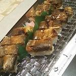 一力 - 鮎寿司2本