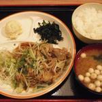 21512958 - 日替わり定食(牛バラ焼肉)