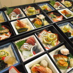 味感 - 料理写真:御祝等の仕出しや、ご法要等のお料理等技と旬を生かしたお料理をお届け致します!