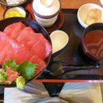 21513369 - マグロ丼セット