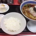 龍華 - ラーメンセット(750円)