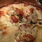 チーズレストラン DAIGOMI - きのことブルーチーズのグラタン