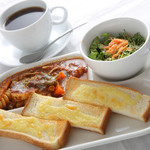 Misty - 【セットメニュー】トマトチーズトースト ~コーヒーとご一緒にどうぞ~