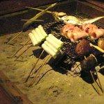 いろり de 炉端 せんなり - しいたけがこんなにみずみずしいとは♪せんなりのいろり焼き 野菜と魚