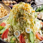 筑前屋 - バカ盛サラダ