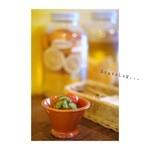 バブーシュカカリーアンドカフェ - 付け合わせのトマトとキュウリ。