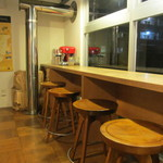 NOZY COFFEE - 店内 席