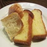 パンとごはん - パン 2