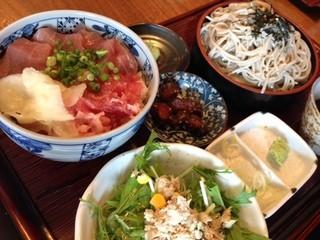 煉 大宮店 - 手打ち蕎麦とミニ丼セット