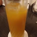 中国料理 桃翠 - マンゴージュース。