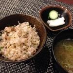 新和食 はな - ガーリックライス