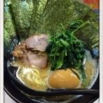 豚骨番長 魂 - のり醤油ラーメン、味玉 2013.9