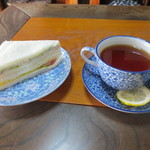 山田旅館 - 紅茶セット 400円