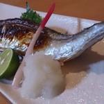 玉勝 - さんま塩焼630円