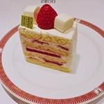 フォション・サロン・ド・テ - ショートケーキですw (^^
