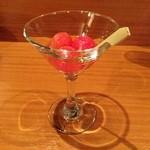 ボラボラ - トマトの勝沼ワイン漬け