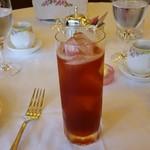 オーキッドルーム - 紅茶リキュールのカクテル