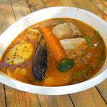 ケラン - ぱりぱりチキンのスープカレー (ハーフサイズ)