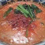 名鉄菜館 - 総料理長手作りのラー油に丁寧に二度挽きした胡麻を油でのばした特製芝麻醤を合わせた濃厚なコクと辛さと旨味のハーモニー