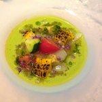 オーグードゥジュール メルヴェイユ - 前菜(季節をテーマにしたオードブル:きゅうりのガスパチョ)