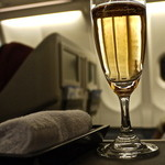 スカイラウンジ - 機内ではシャンパン♪