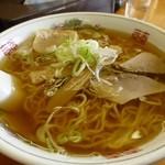 鹿内食堂 - ラーメン500円