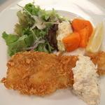 ビショップカンティーン - 季節の白身魚フライ