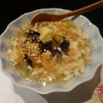 胡魯 - 丸茄子の海老と帆立のおぼろ餡かけ、720円
