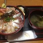 まつおか - 上海鮮丼1500円