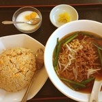 豊盛園 - 料理写真:台湾ラーメン・チャーハンセット ¥680